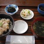 白身魚たたき丼1260円 たたきはやっぱり美味しい