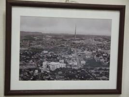 当時の町並みと無線塔