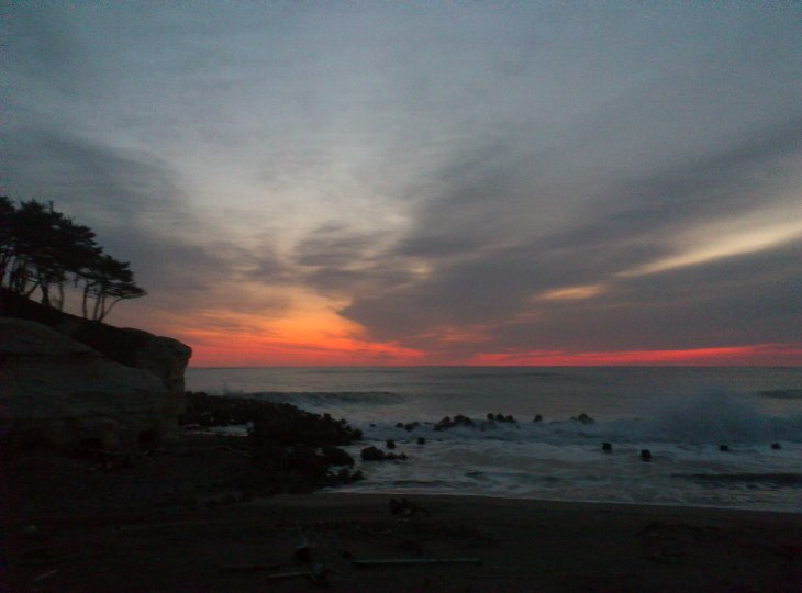 2012年元旦、相馬市海岸の初日前