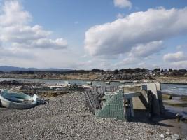 震災から、もうすぐ1年の村上海水浴場