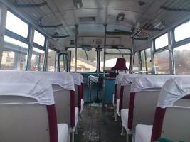 ボンネットバスから
