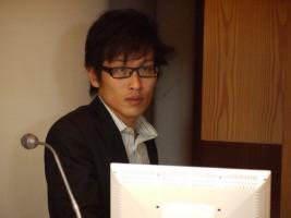鴻巣マサキ監督
