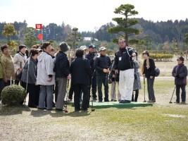 相馬光陽パークゴルフ専務理事からプレイの説明