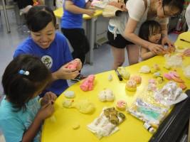 """桜の聖母移動文化祭""""こどものあそびば""""小麦粉ねんど"""
