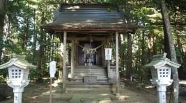 涼ヶ岡八幡神社・亀齢社本殿(重要指定文化財)
