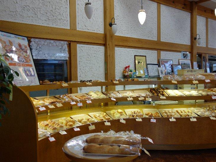 原町製パン 店内
