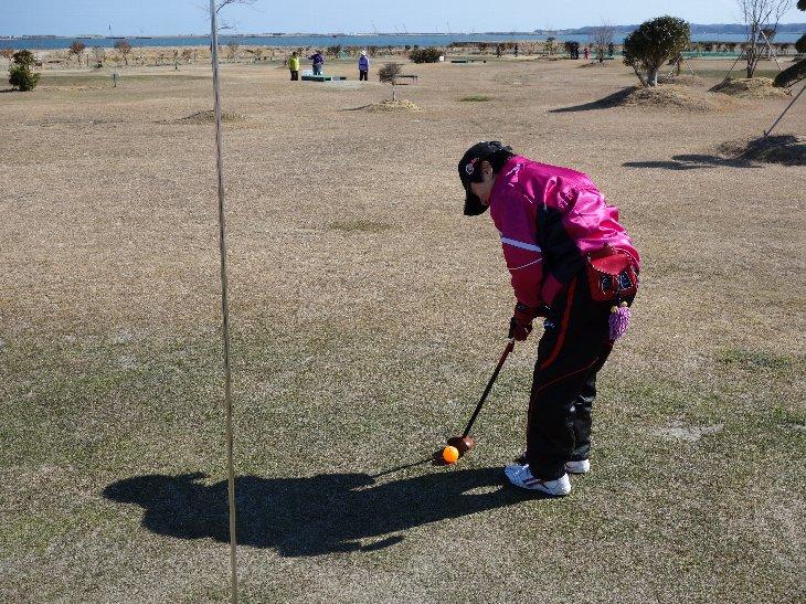パークゴルフをする秋田県からの皆さん