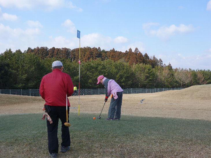 相馬光陽パークゴルフ場でプレーする秋田県の皆さん