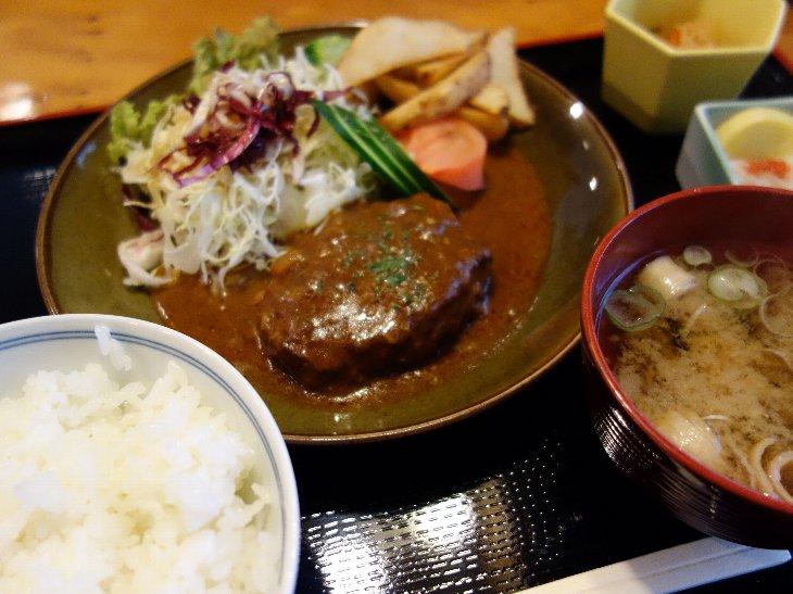『煮込みハンバーグ定食 ¥750』