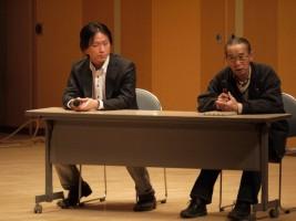 古新監督(左)、北郷騎馬会副会長 菅野さん(右)のトークライブ