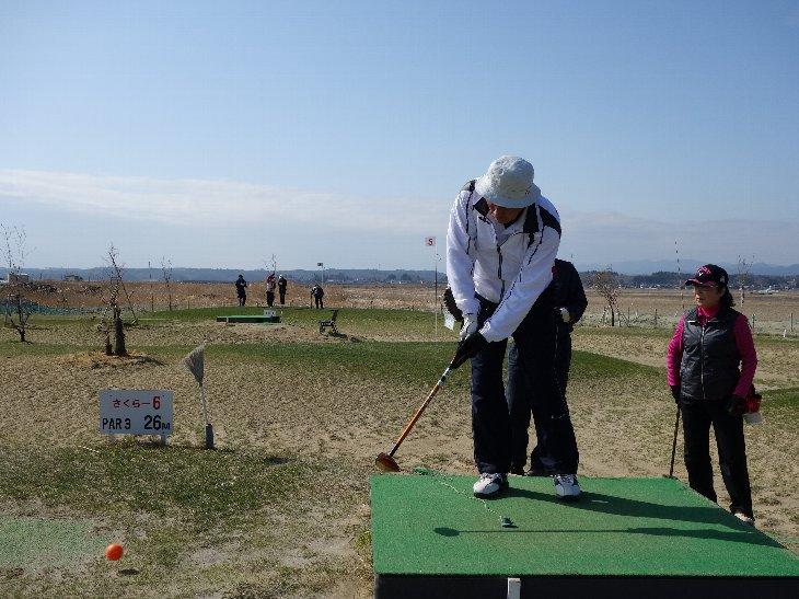 松川浦パークゴルフ場でプレーする山形県の皆様