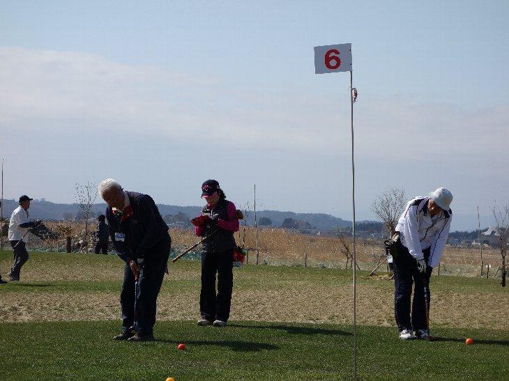 パークゴルフを楽しむ山形県の皆様