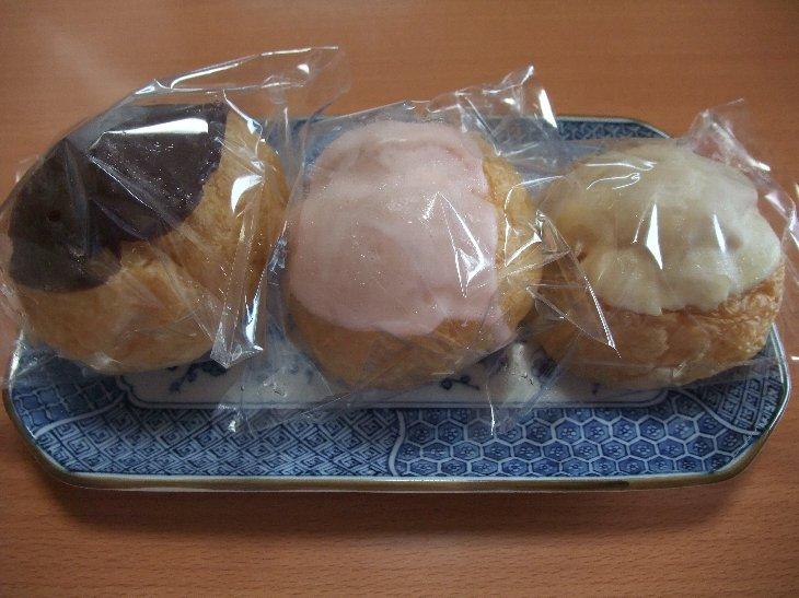 松林堂さんのチョコがかかったシュークリームも美味しいですよね