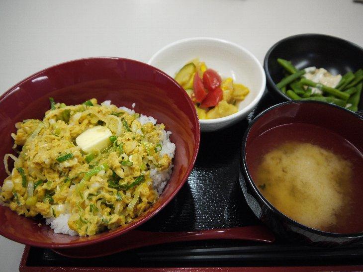 「お食事処 歩々」ガシャガシャ焼き定食~ネギ入り卵焼き~