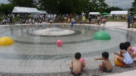 """南相馬市高見公園、""""じゃぶじゃぶ池""""オープニングセレモニー"""