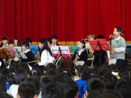 吹奏楽の演奏