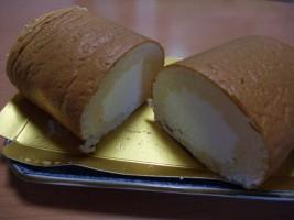 チーズスフレロール(1,300円)