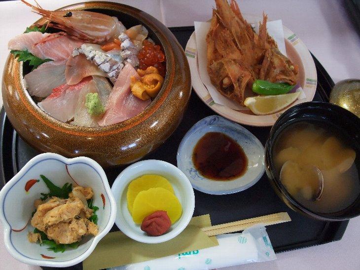 [齋春商店]冬の味覚丼(2,000円)