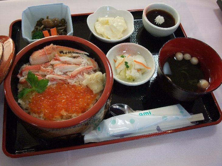 [お食事処 旭亭]カニいくら丼定食(1,600円)