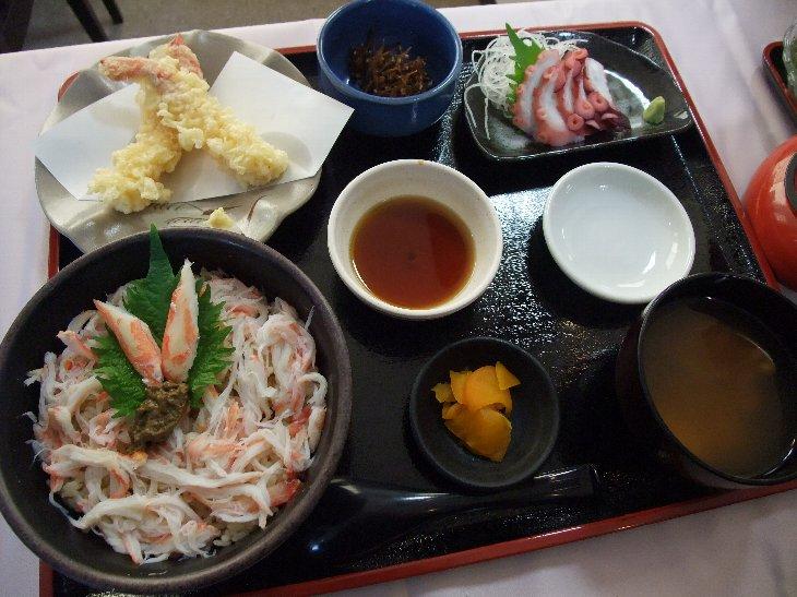 [お食事処 たこ八]たこ八のカニ飯定食(1,890円)